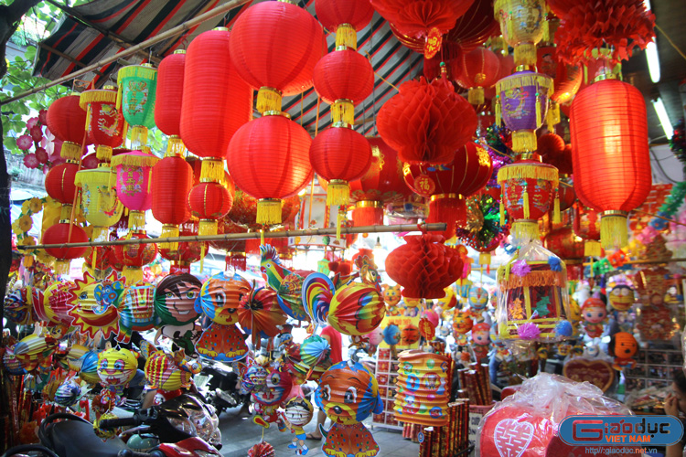 Hang Ma Lantern street